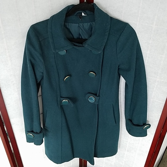 H&M Jackets & Blazers - H&M Forest green knee-length pea coat. Size 6